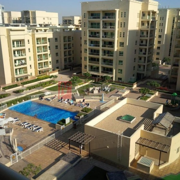 Huge Size One Bedroom With Pool View In Al Dhafrah .greens @ 85k-